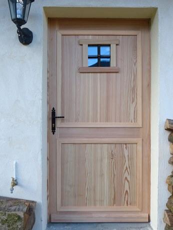 Porte menuiserie le bois des huiles c guillard for Planches bois exterieur